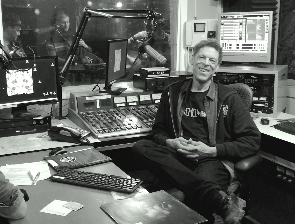 Chris White, Canadian Spaces (CKCU)
